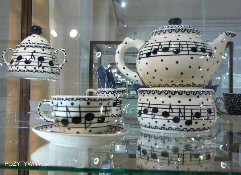 Nawet ceramika kocha nutki :-)