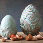Miedziane jajo z patyną, czyli foremki i farby akrylowe znowu w acji