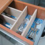 Prosty organizer do szuflady kuchennej